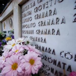 Famiglia Granara tomba cimitero di pegli 26/04/2011