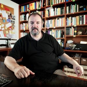 Carlo Lucarelli_scrittore e giornalista